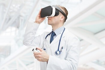 How Virtual Reality Is Revolutionizing Healthcare