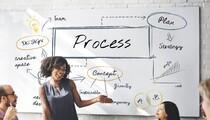 team-leader-presenting-process-shutterstock_630980147-78774.jpg